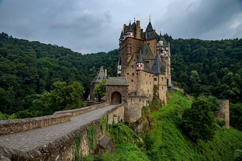 Heiraten wie im Mittelalter 1024x683 - Hochzeit wie im Mittelalter- Rittermahl und vergangene Klänge