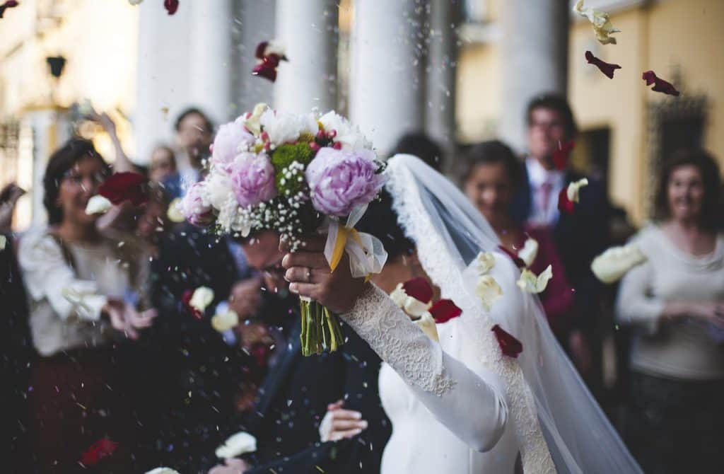 bloom 1836315 1280 1 1024x670 - Die schönsten Hochzeitsbräuche