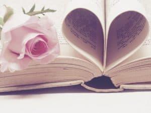 literature 3060241 1280 300x225 - Tipps von eurem Wedding Planner