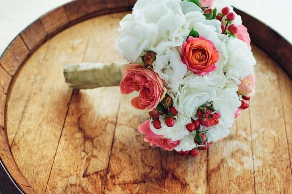 wedding 2700495 1280 1024x682 - Welche Blumen gibt es wann?
