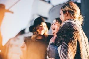 people 2567915 1280 300x200 - Brautparty: Neuer Trend aus den USA löst Junggesellenabschied ab