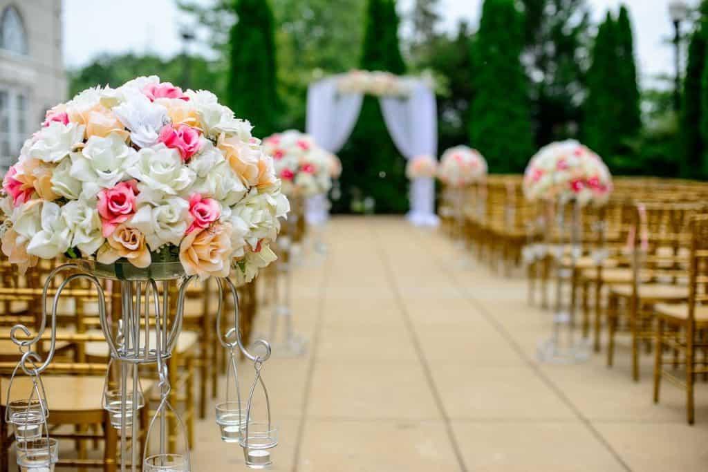 aisle 1846114 1280 1024x683 - Gastbeitrag: Die zehn beliebtesten Hochzeitsspiele