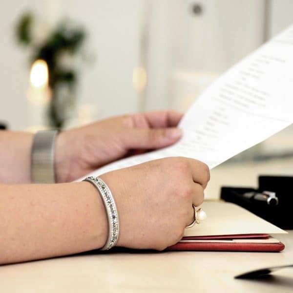 hands 4476303 1920 600x600 - Heiraten in Corona Zeiten-Was ist in welchem Bundesland erlaubt?