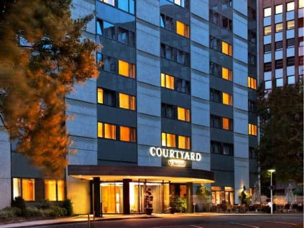 courtyard-by-marriott-dsseldorf-seestern | hochzeitslocation